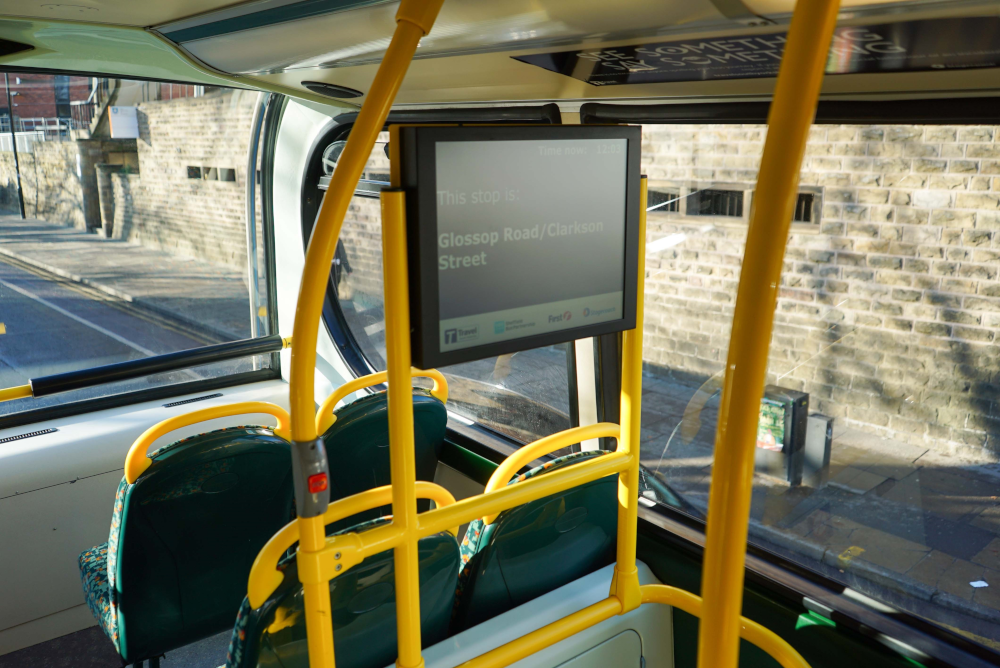 Display unit on the Stagecoach 120